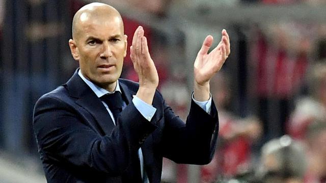 Zinedine Zidane Bakal Melatih Bayern Munchen?