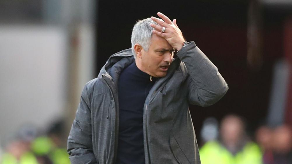 Kalau MU Kalah Telak di Anfield, Mourinho....