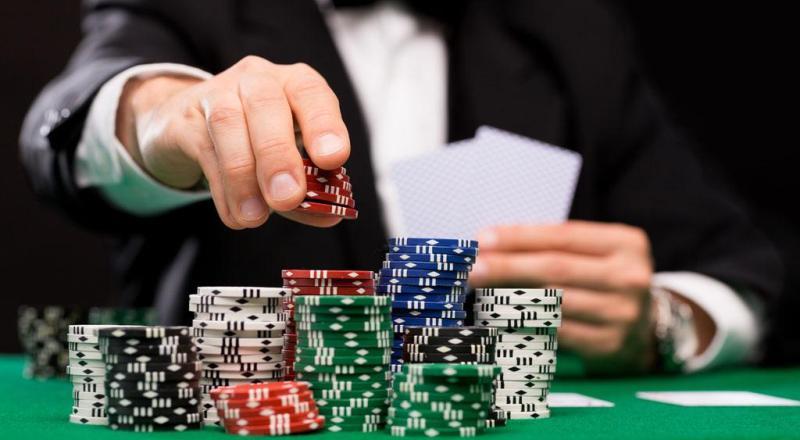 Tips Meningkatkan Mental Bermain Poker Online