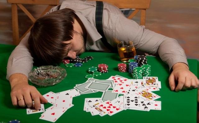 Beberapa Alasan Kekalahan di Permainan Poker Online