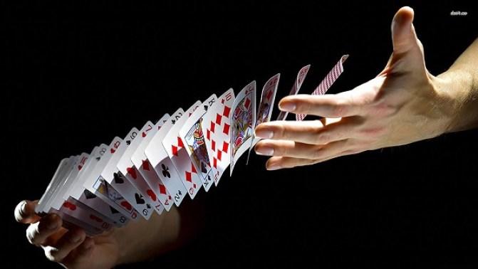 Melakukan Fold Pada Waktu Yang Tepat Dalam Poker Online