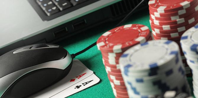 Tips Aman Bermain Situs Judi Poker Online Di Warnet